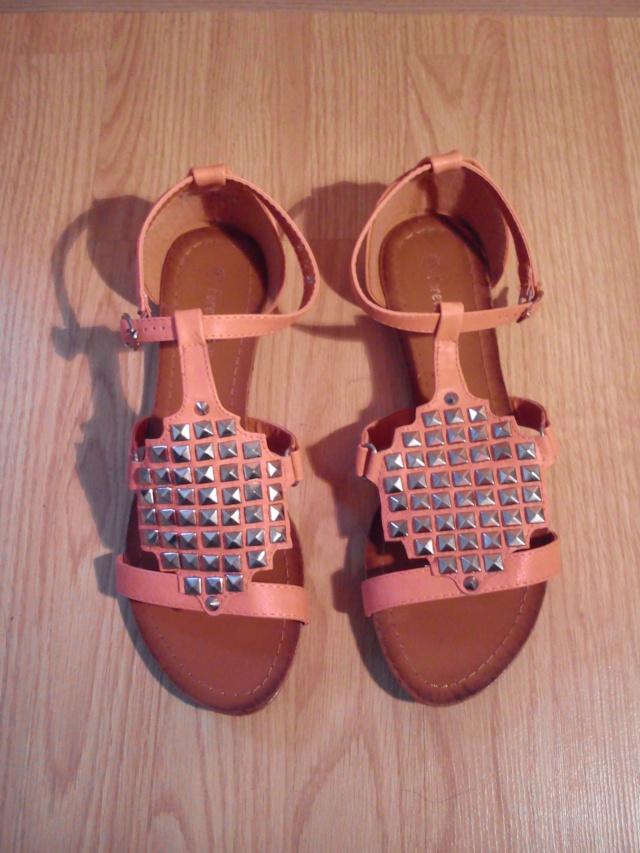 Sandales plates, chaussures à talons ... Taille 41, neuves ou TBE !!!  Dsc_0513