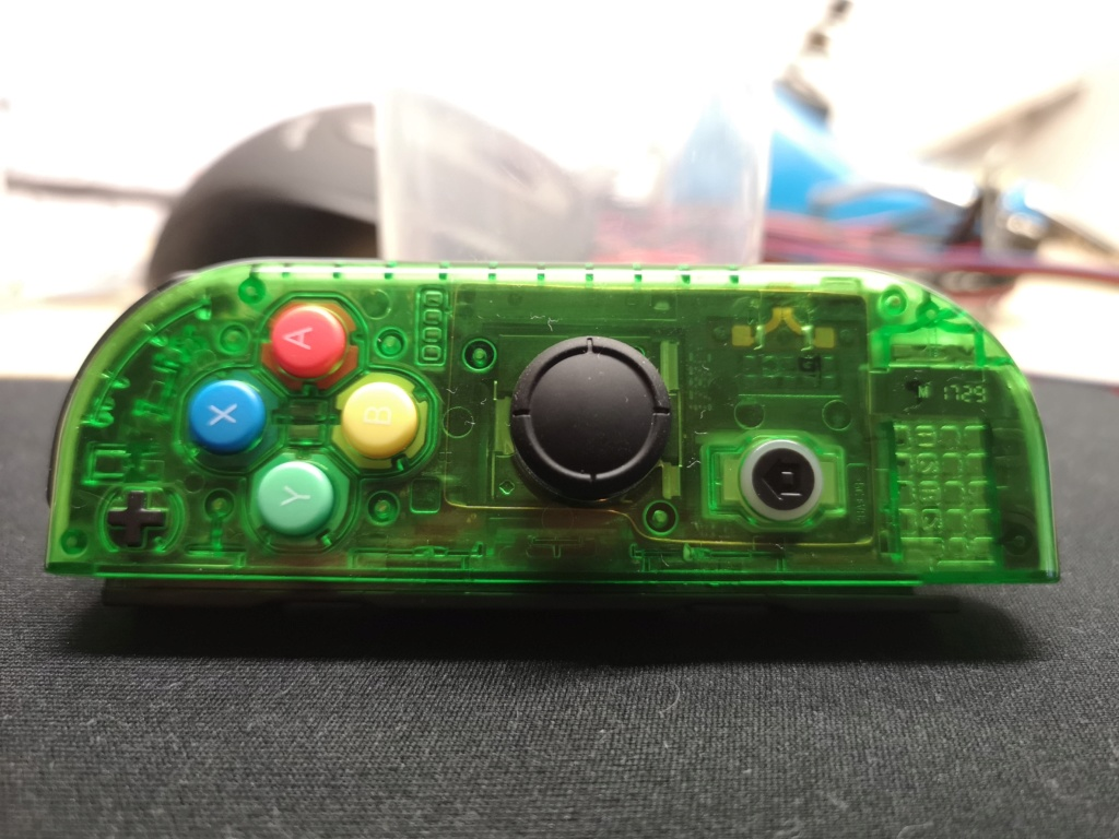 [Switch] [TEST] D-pad et coque transparente ! Img_2035