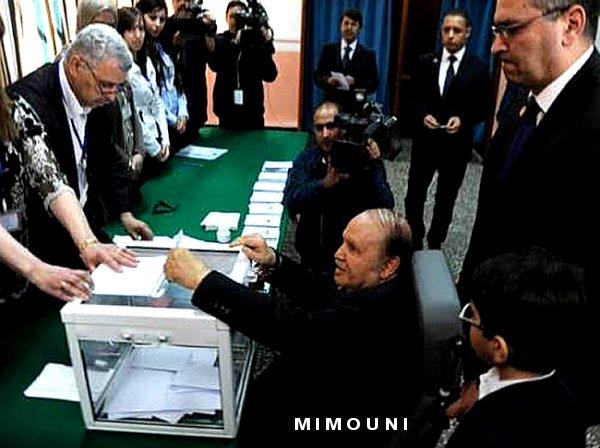 Mimouni : Bouteflika vote sur un fauteuil roulant ! a-t-il besoin de ses jambes pour gerer l'Algérie? Mimoun15