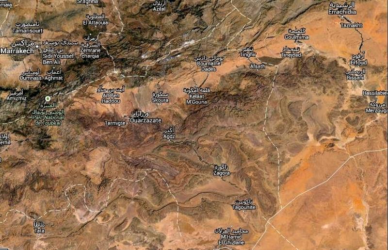 Suivez Mimouni junior sur les traces de nos ancestres Amazigh , Marrakech Merzouga Rissani dades Mimoun26