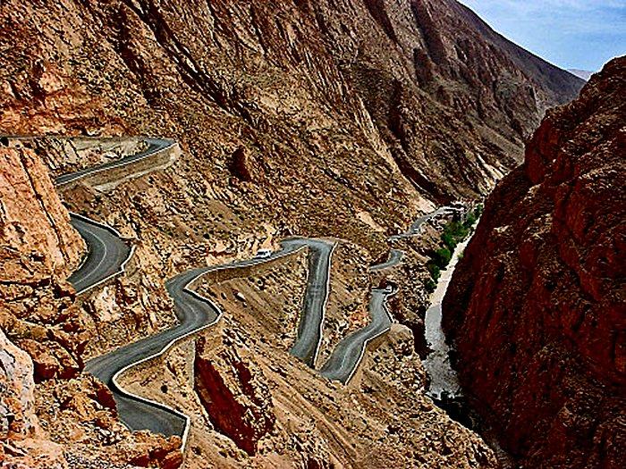 Suivez Mimouni junior sur les traces de nos ancestres Amazigh , Marrakech Merzouga Rissani dades Mimoun31
