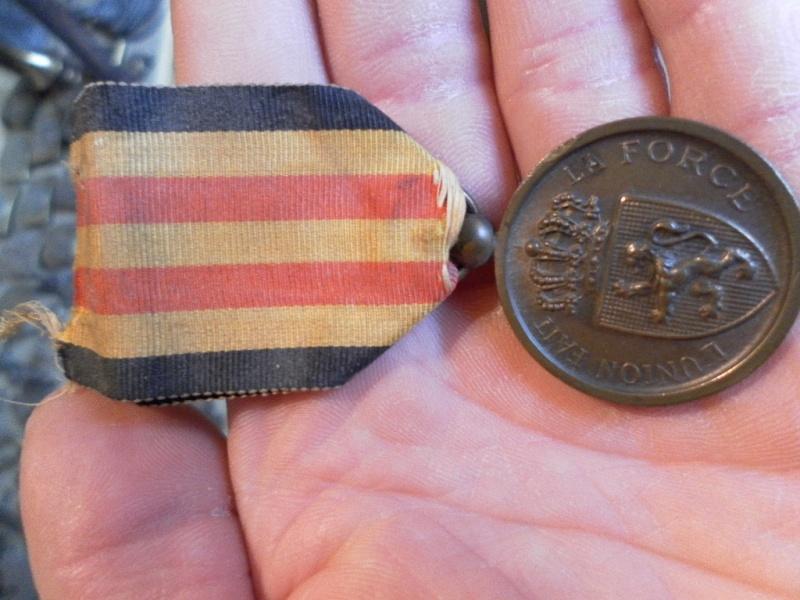 Médaille commémorative belges 1870-71 Sam_1626