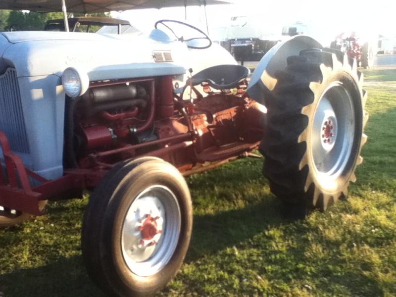 2014 tractor show  Bryans40
