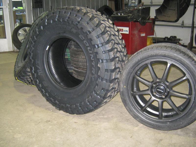 Photos de l'installation de mes nouveaux pneus Toyo M/T open country 37 X 13.50 R17 Toyo_t16