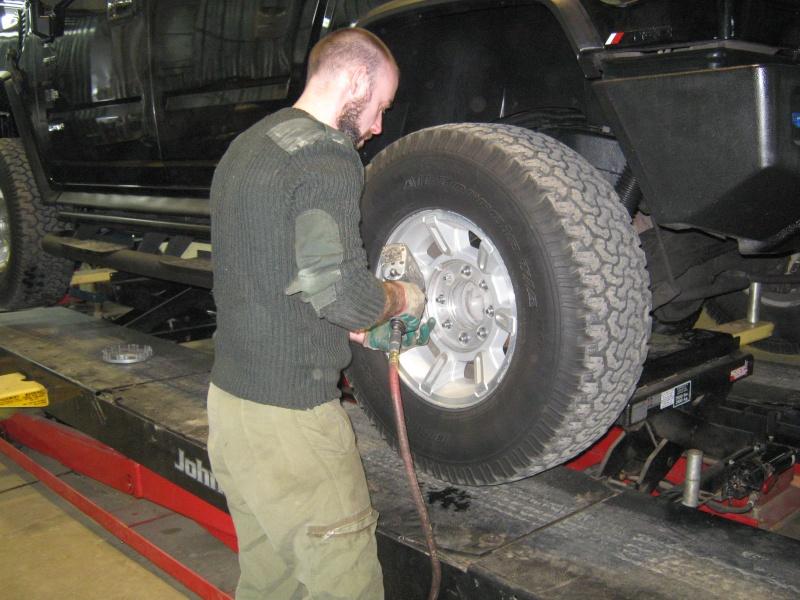 Photos de l'installation de mes nouveaux pneus Toyo M/T open country 37 X 13.50 R17 Toyo_t18