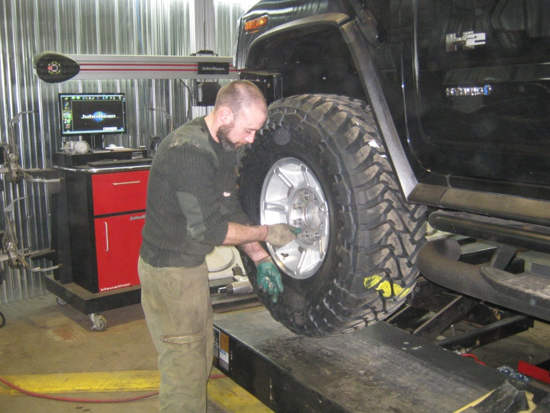 Photos de l'installation de mes nouveaux pneus Toyo M/T open country 37 X 13.50 R17 Toyo_t27