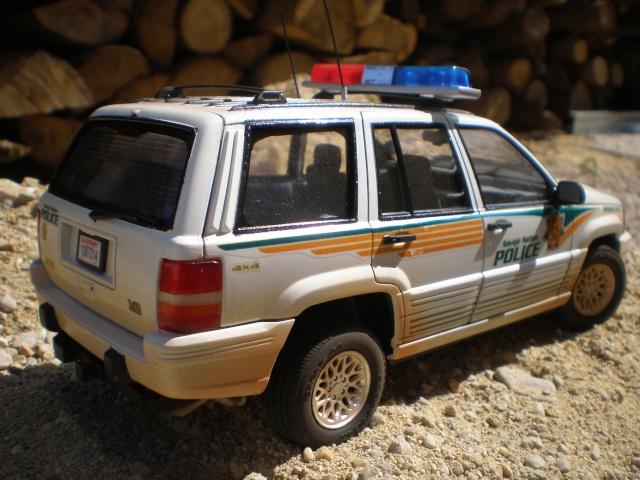 jeep cherooke NAVAJO NATION POLICE P1011516