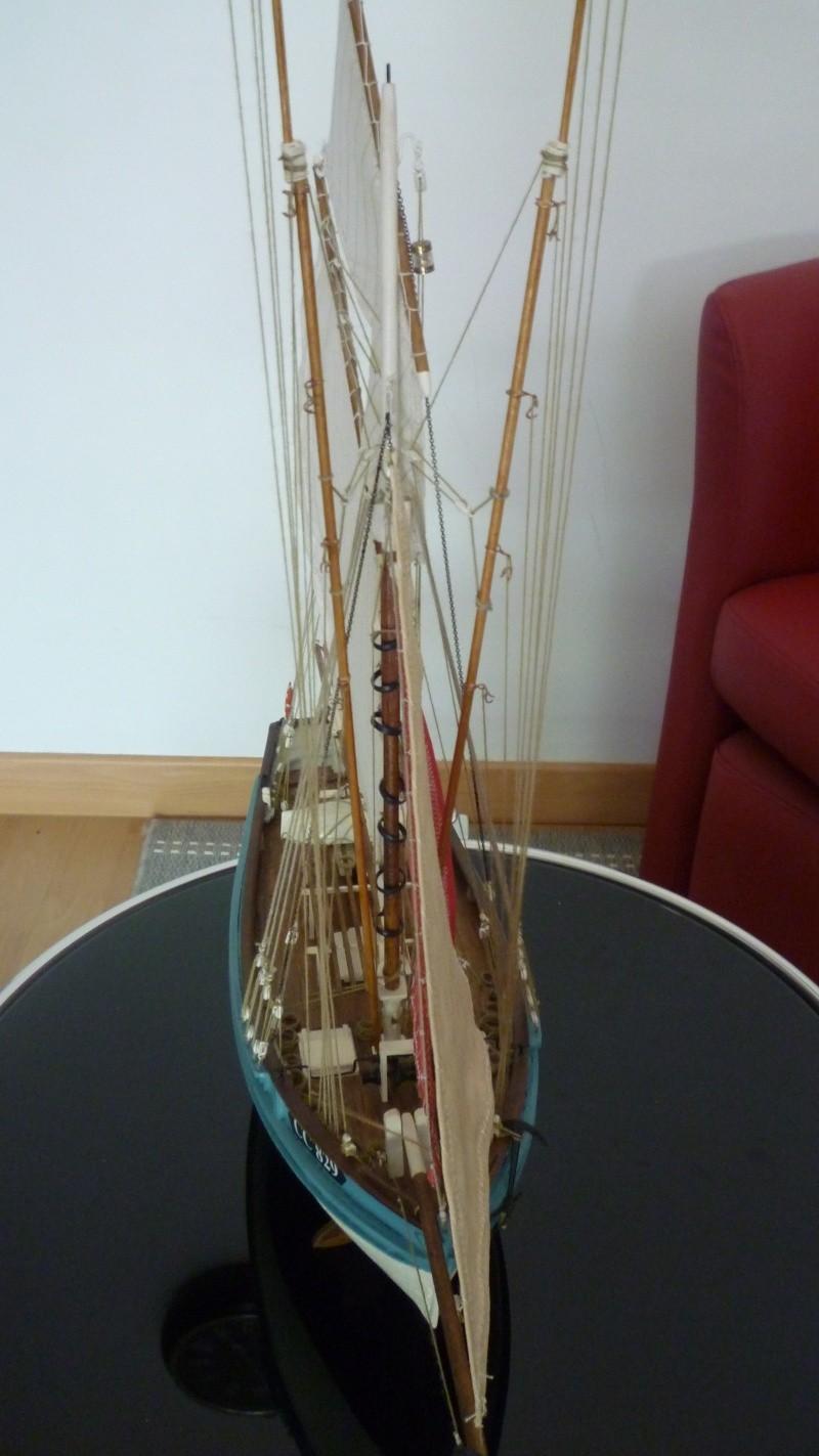 Marie-Jeanne  de billing boats au 1/50° P1020015