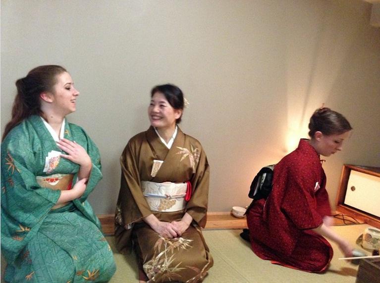 Tea ceremony schools and kitsuke for tea! Hatsu812