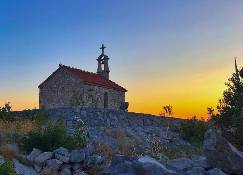 crkve,manastiri....ostali relig.objekti - Page 24 65385710
