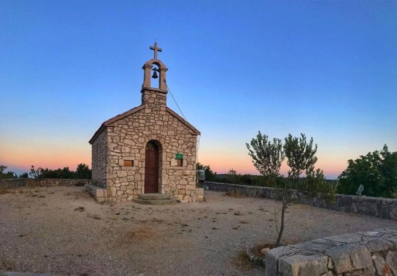 crkve,manastiri....ostali relig.objekti - Page 24 65456610