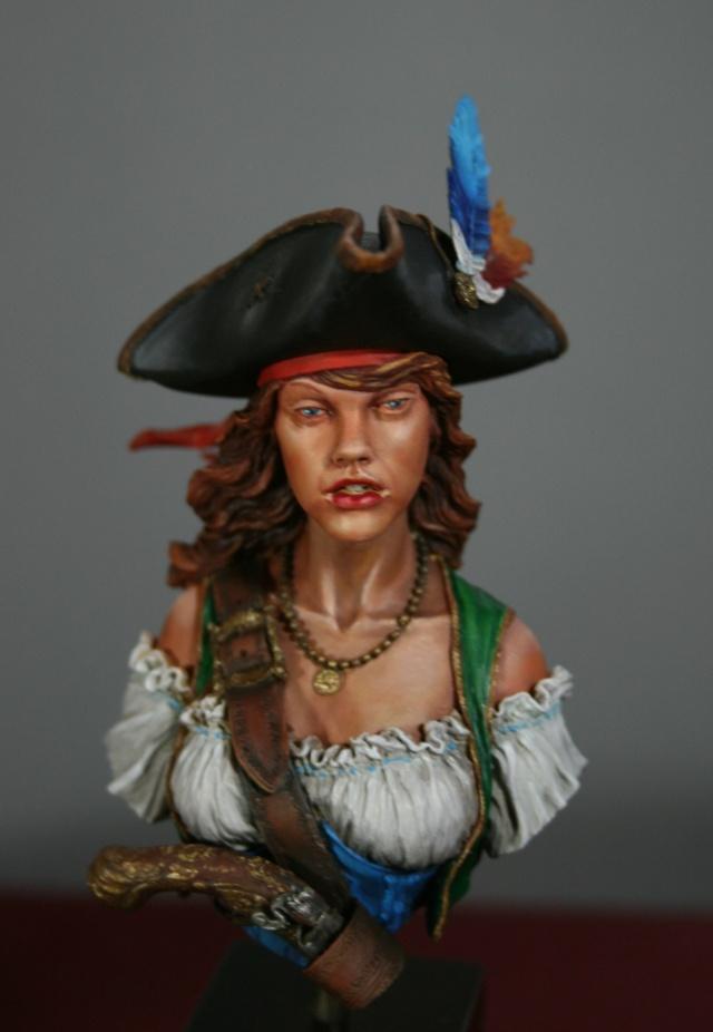 """Femme pirate de chez """"Nuts"""" 315"""