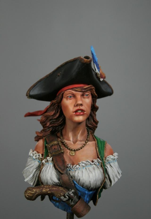 """Femme pirate de chez """"Nuts"""" 514"""