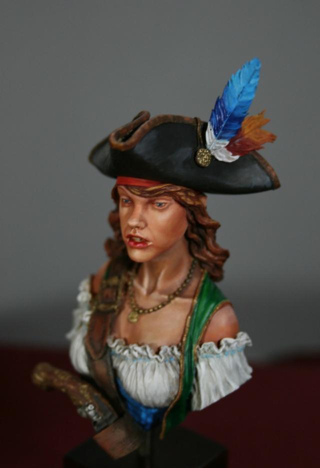 """Femme pirate de chez """"Nuts"""" 810"""
