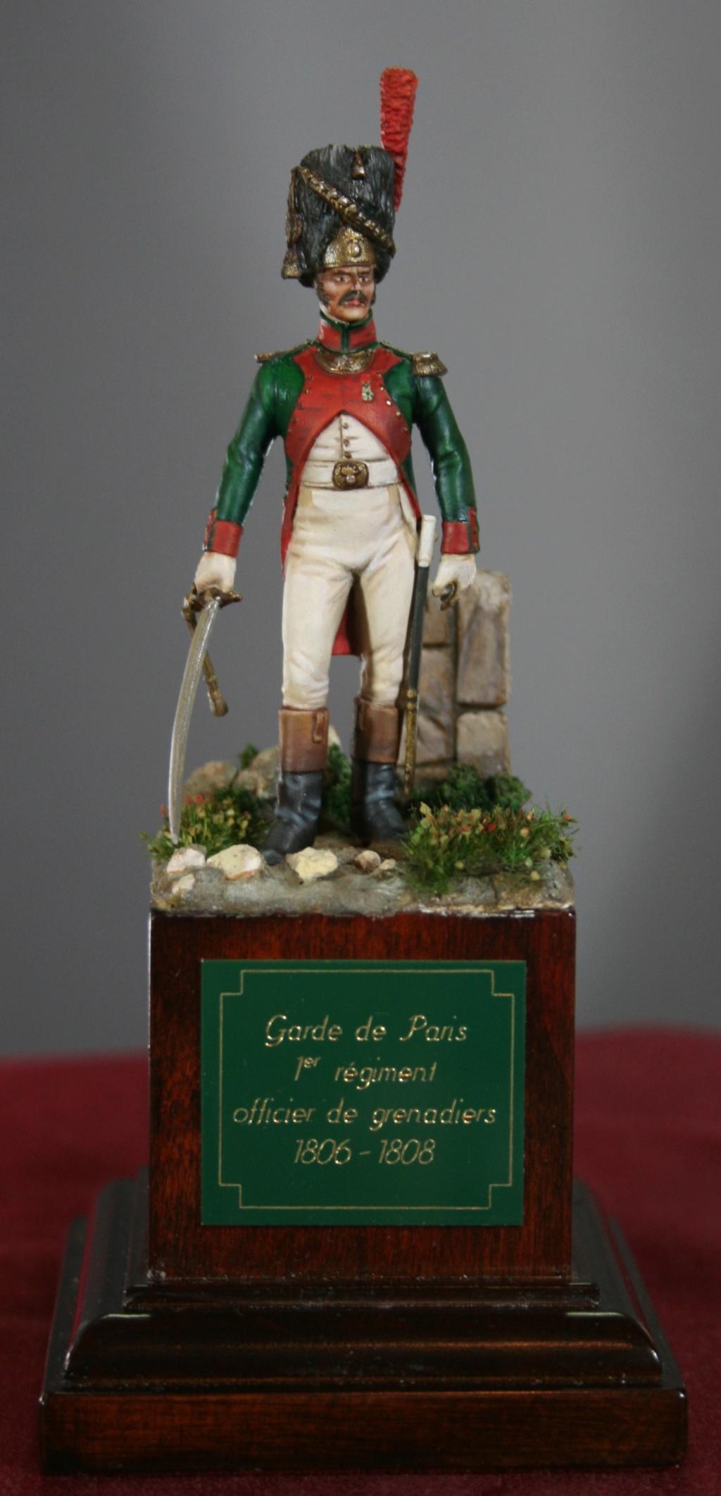 Officier du 1er régiment de la Garde de Paris Img_6835