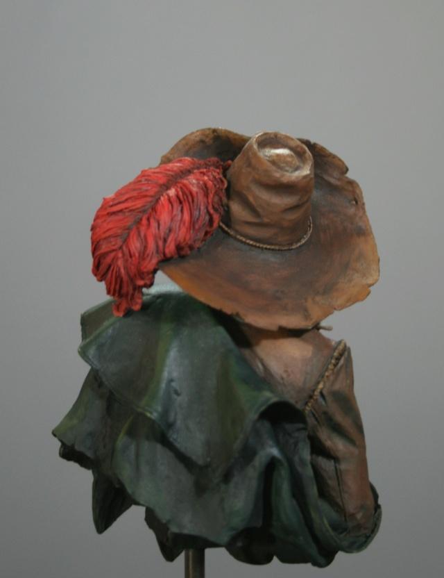 """(IVe) Vitrine de Duck: Un buste de chez Galapagos Miniatures: """"Alai....."""". - Page 4 Img_7324"""
