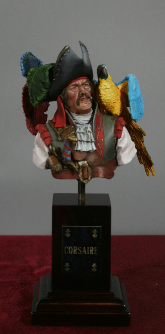"""(IVe) Vitrine de Duck: Un buste de chez Galapagos Miniatures: """"Alai....."""". - Page 4 Img_7326"""