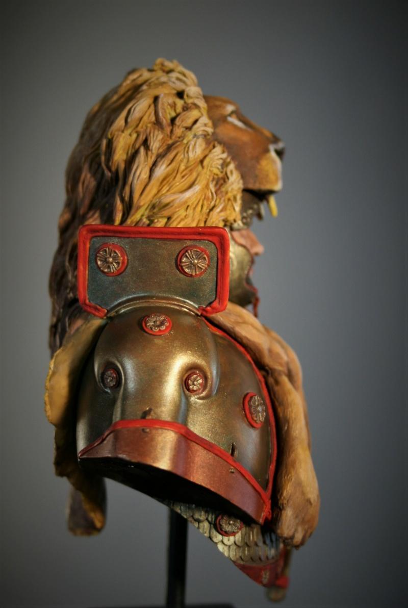 (IVe) Vitrine de Duck:un buste de chez Alexandros, roi de Mycènes. - Page 7 Img_7427