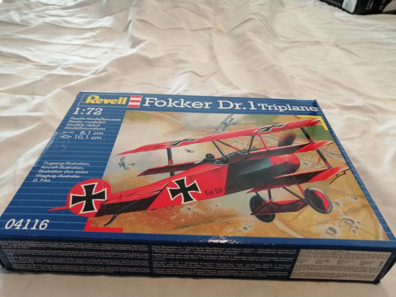 Fokker Dr 1 triplan de Manfred von Richthofen Revell 1/72 FINI !!!!!! 012