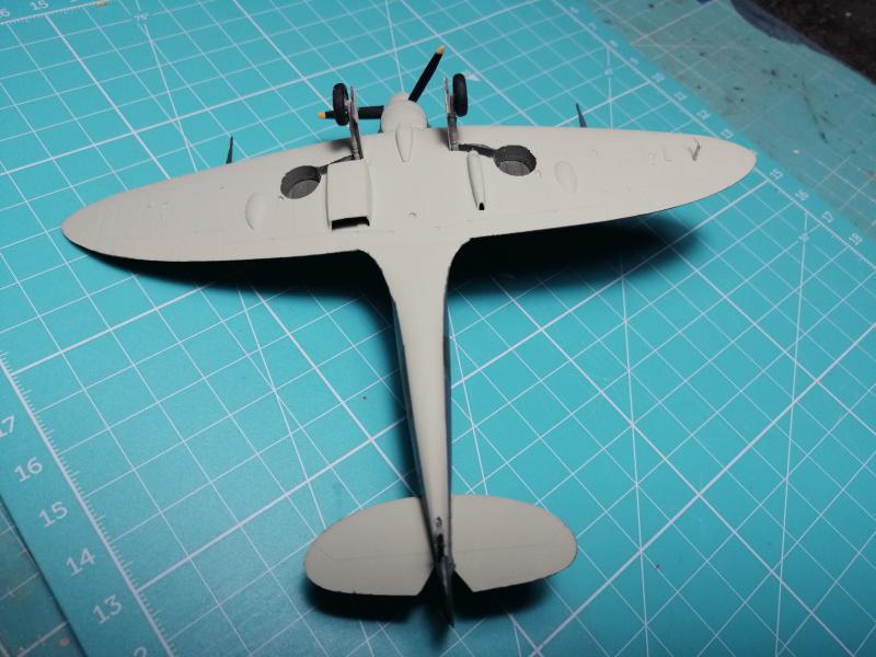 Spitfire MK V Revell au 1/72 - Page 2 1618