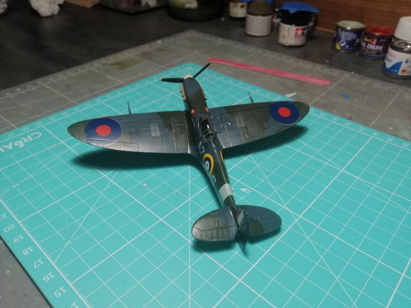 Spitfire MK V Revell au 1/72 - Page 2 1719
