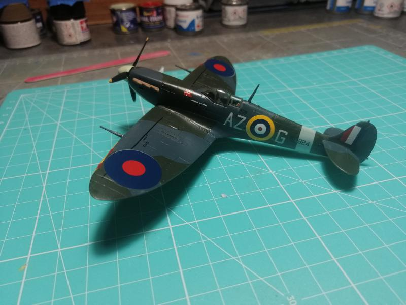 Spitfire MK V Revell au 1/72 - Page 2 1820