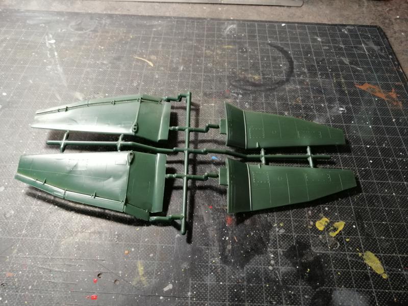junkers JU 87 G/D Tank Buster  1/72 REVELL FINI !!!!!! 212