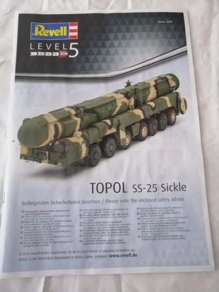 SS25 Sickle Topol Revell 1/72 225