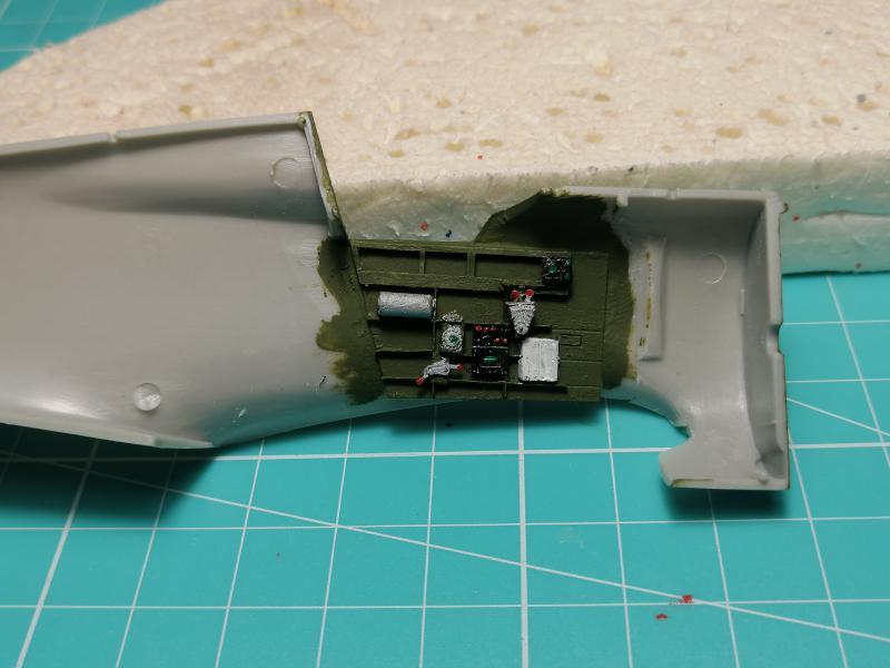 Curtiss Hawk 75 A N° 140 du capitaine Josef Duda Hobby craft 1/48 FINI !!!!!  - Page 2 2814