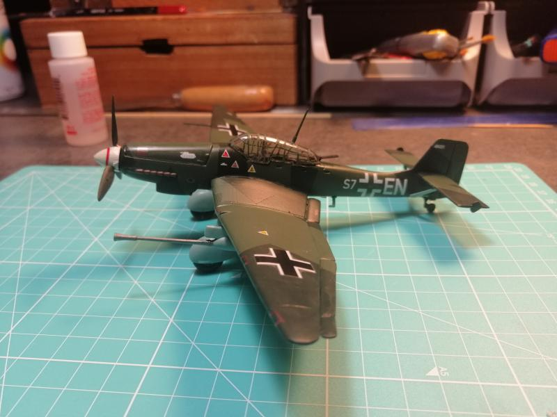 junkers JU 87 G/D Tank Buster  1/72 REVELL FINI !!!!!! - Page 3 3111