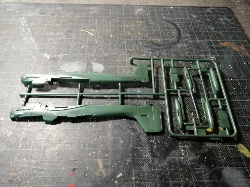 junkers JU 87 G/D Tank Buster  1/72 REVELL FINI !!!!!! 312