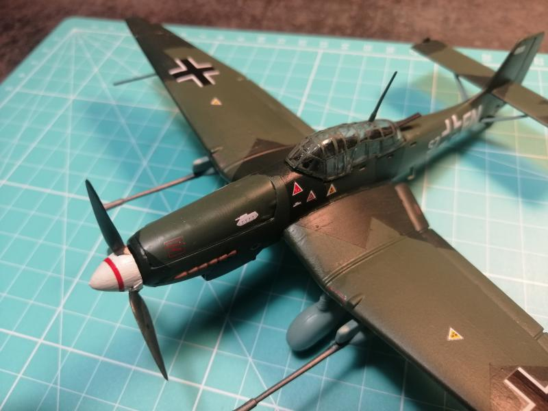 junkers JU 87 G/D Tank Buster  1/72 REVELL FINI !!!!!! - Page 3 3311