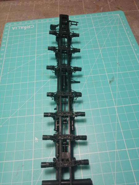 SS25 Sickle Topol Revell 1/72 - Page 2 3413