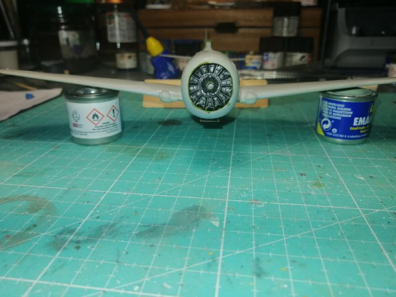 Curtiss Hawk 75 A N° 140 du capitaine Josef Duda Hobby craft 1/48 FINI !!!!!  - Page 2 3511