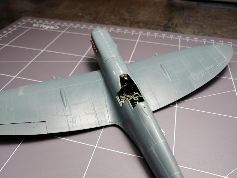 Spitfire MK.IXC late version profipack Eduard 1/48 - Page 2 3512