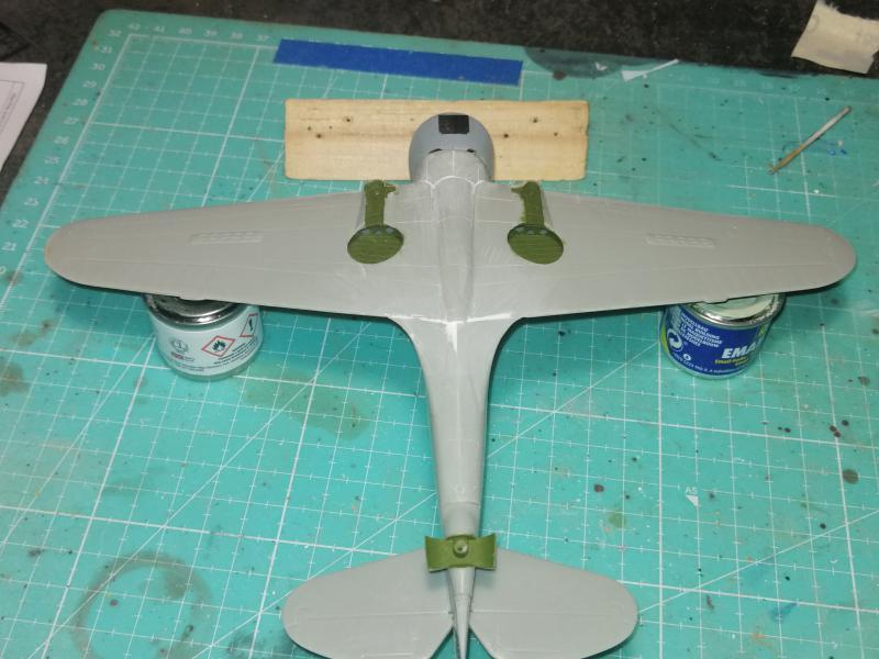 Curtiss Hawk 75 A N° 140 du capitaine Josef Duda Hobby craft 1/48 FINI !!!!!  - Page 2 3813