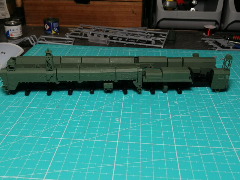 SS25 Sickle Topol Revell 1/72 - Page 2 4213