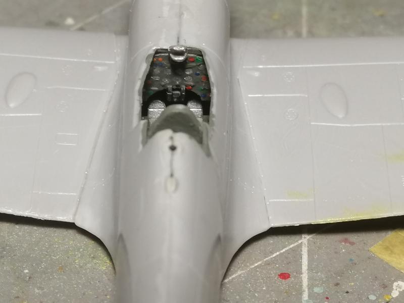 Spitfire MK V Revell au 1/72 518
