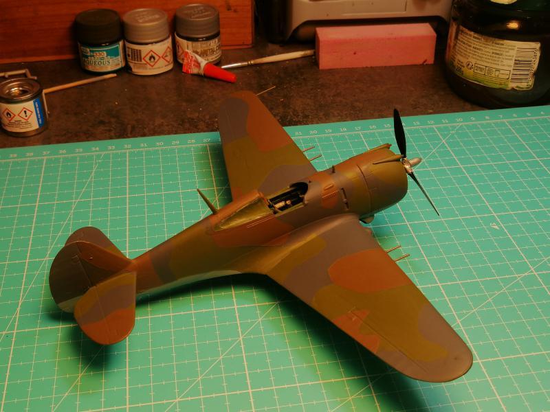 Curtiss Hawk 75 A N° 140 du capitaine Josef Duda Hobby craft 1/48 FINI !!!!!  - Page 4 5410