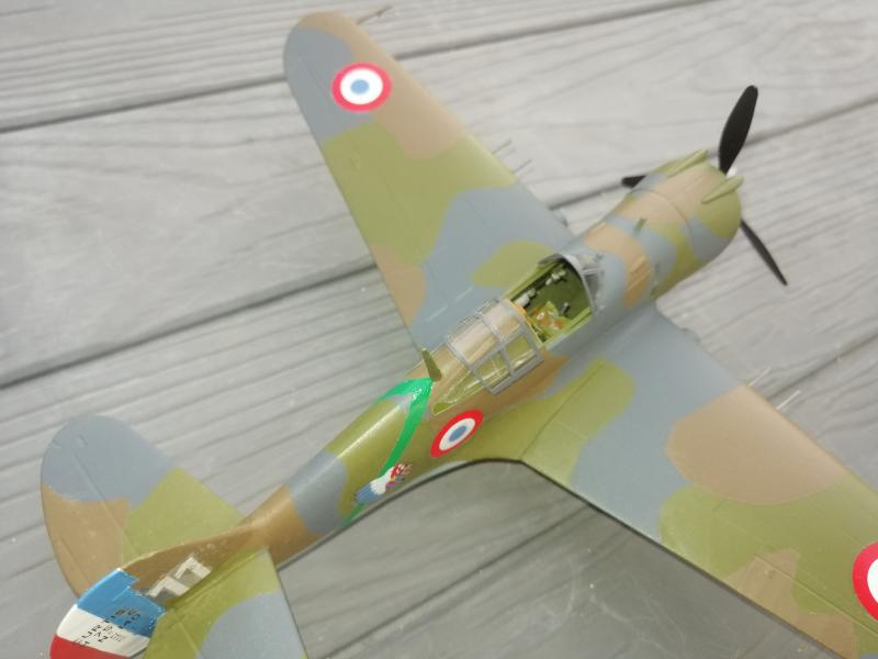 Curtiss Hawk 75 A N° 140 du capitaine Josef Duda Hobby craft 1/48 - Page 5 6210