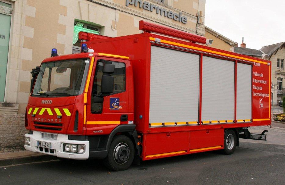 camion de pompiers : véhicule risques technologiques 29421010