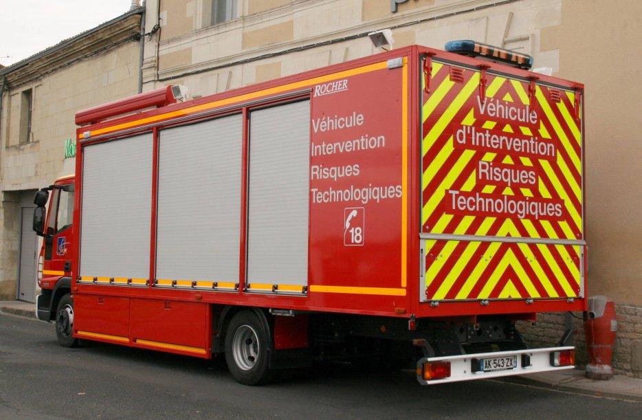 camion de pompiers : véhicule risques technologiques 29421011