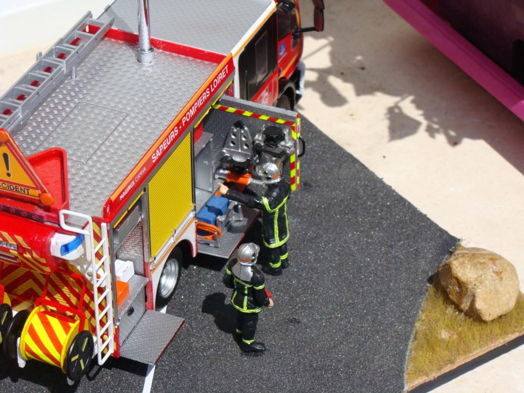 fourgon pompe tonne  secours routier   ivéco    magirus Dsc03314