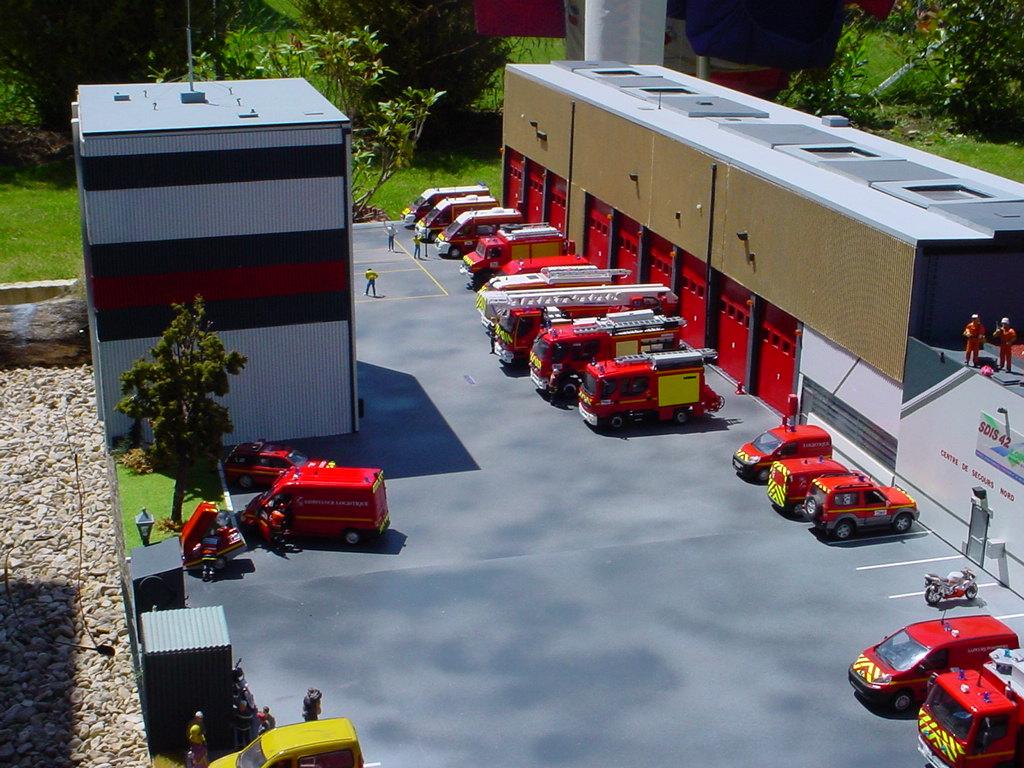 camion de pompiers Dsc06610