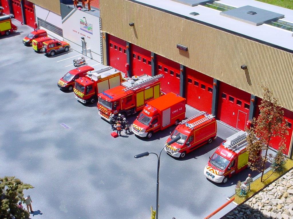 camion de pompiers Dsc06611