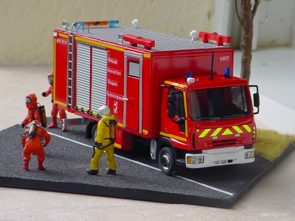 camion de pompiers : véhicule risques technologiques Dsc07516