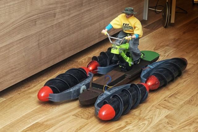 Amphibien - Bootsbasteleien mit Fleischwolfanntrieb Dsc00920