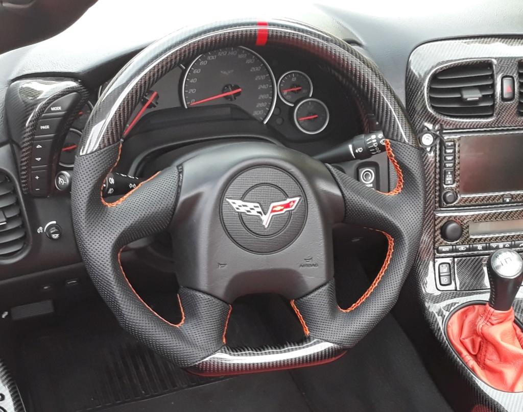 Projet : Volant & Levier de vitesse Alcantara/Suédine (Corvette C6) - Page 2 Volant12