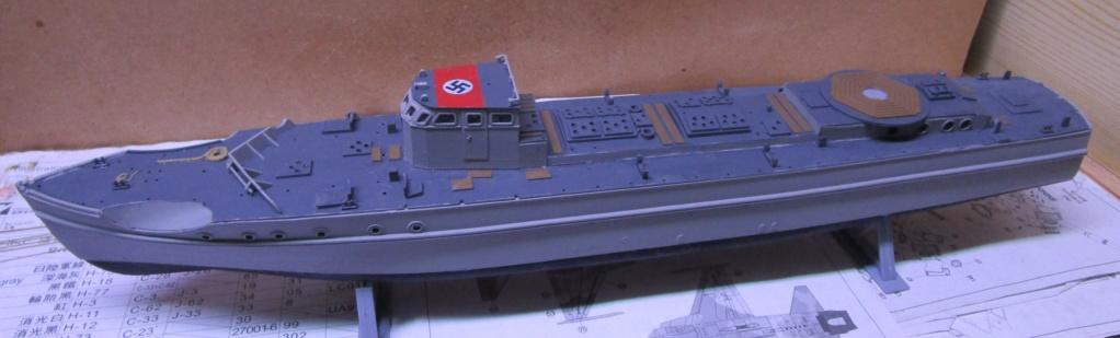 """La """"drôle de guerre"""" sur mer. E-boat (Schnellboot / S-boot) Airfix & Arado Revell 1/72ème. Img_1656"""