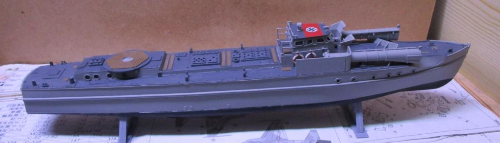 """La """"drôle de guerre"""" sur mer. E-boat (Schnellboot / S-boot) Airfix & Arado Revell 1/72ème. Img_1668"""